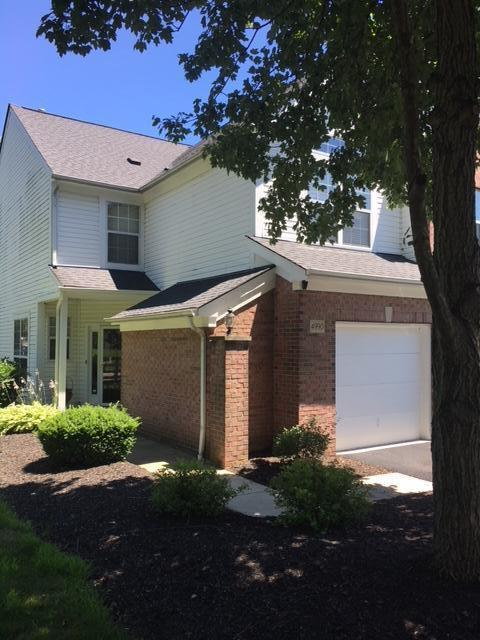4990 Village Mews, Westerville, OH 43081 (MLS #218024640) :: The Mike Laemmle Team Realty