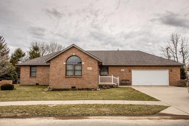 1035 Edinburgh Cove, London, OH 43140 (MLS #219006318) :: Shannon Grimm & Partners