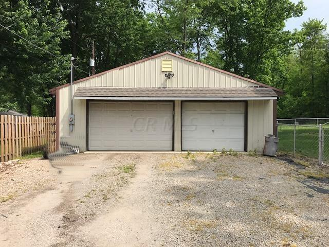 5060 Cypress Road, Thornville, OH 43076 (MLS #219019668) :: The Clark Group @ ERA Real Solutions Realty