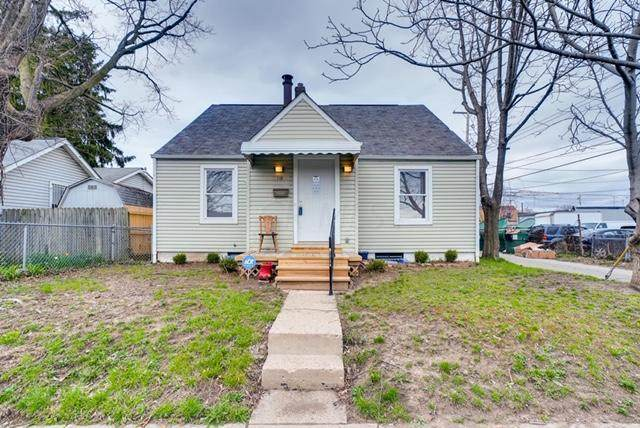 518 E Columbus Street, Columbus, OH 43206 (MLS #220009297) :: Greg & Desiree Goodrich | Brokered by Exp