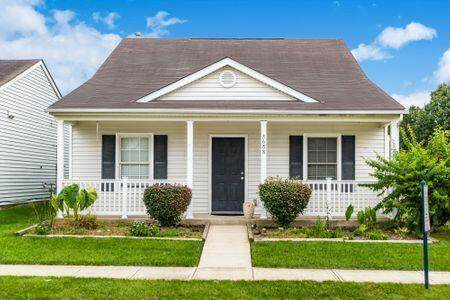 3688 Tea Party Place, Columbus, OH 43207 (MLS #221020327) :: ERA Real Solutions Realty