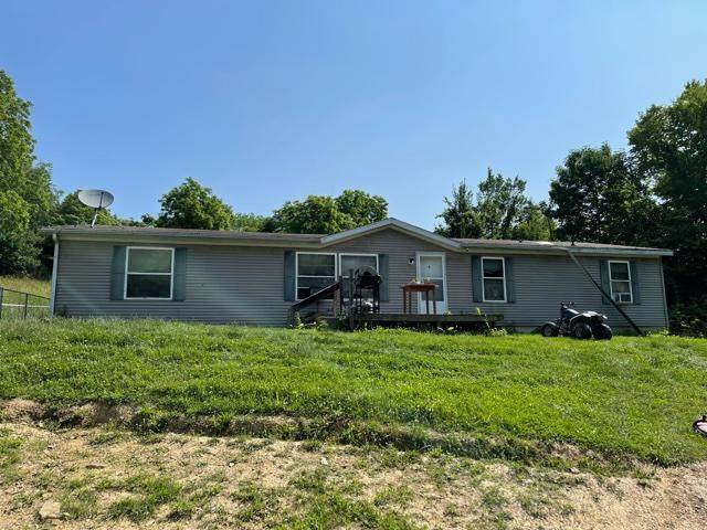5246 Township Rd 398A, Somerset, OH 43783 (MLS #221020814) :: CARLETON REALTY