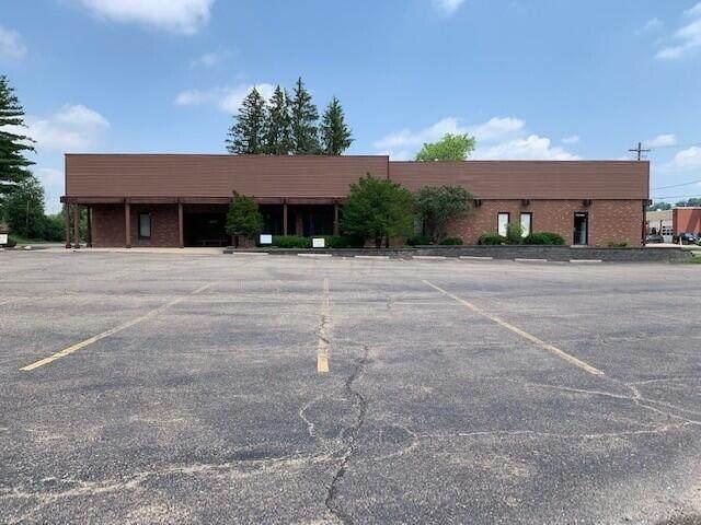 809 Coshocton Avenue Unit G, Mount Vernon, OH 43050 (MLS #221020964) :: Greg & Desiree Goodrich | Brokered by Exp