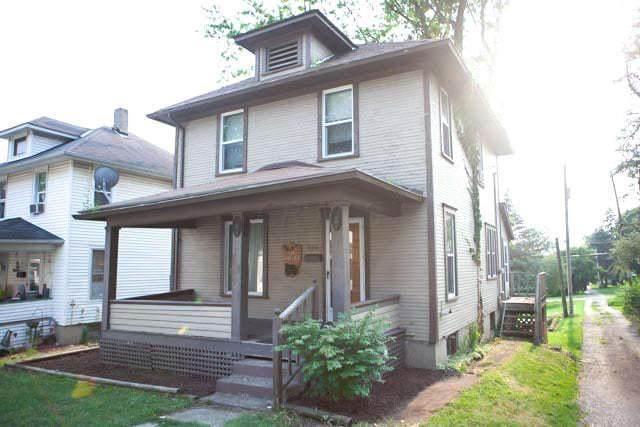 320 S Park Street, Bellefontaine, OH 43311 (MLS #221028558) :: RE/MAX Metro Plus