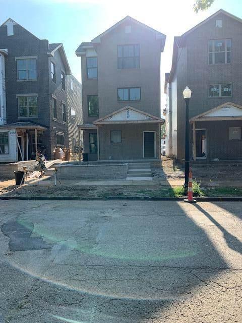1306 Forsythe Avenue - Photo 1