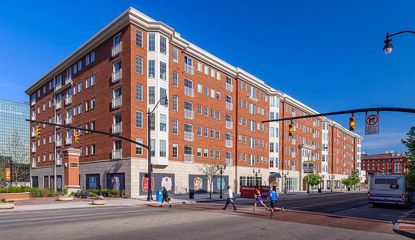 150-190 High Street - Photo 1