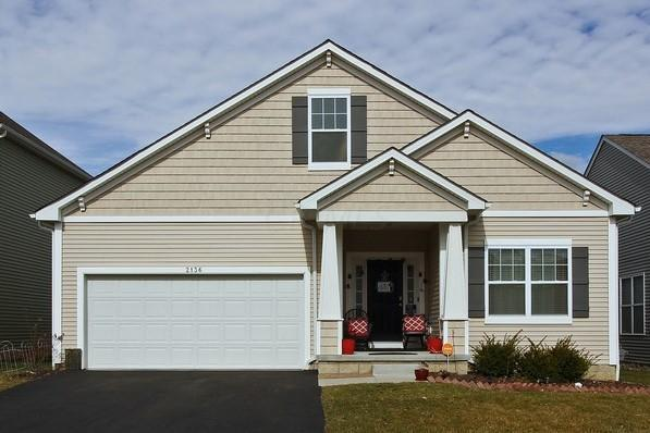 2136 Tournament Way, Grove City, OH 43123 (MLS #218005254) :: Berkshire Hathaway Home Services Crager Tobin Real Estate