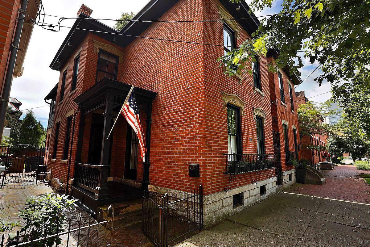 49 Sycamore Street - Photo 1