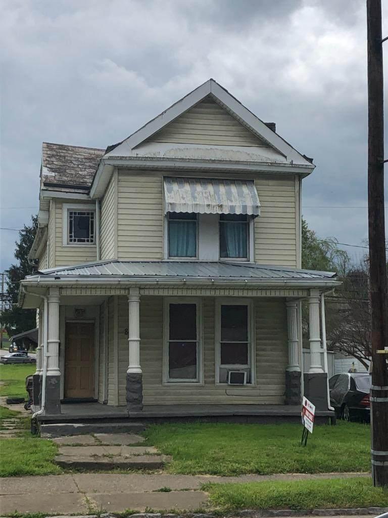 841 Putnam Avenue - Photo 1