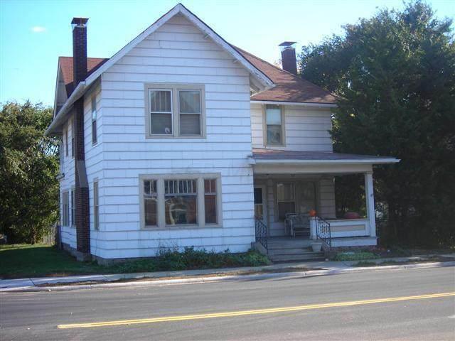 31-33 E Columbus Street, Mount Sterling, OH 43143 (MLS #221017500) :: Susanne Casey & Associates