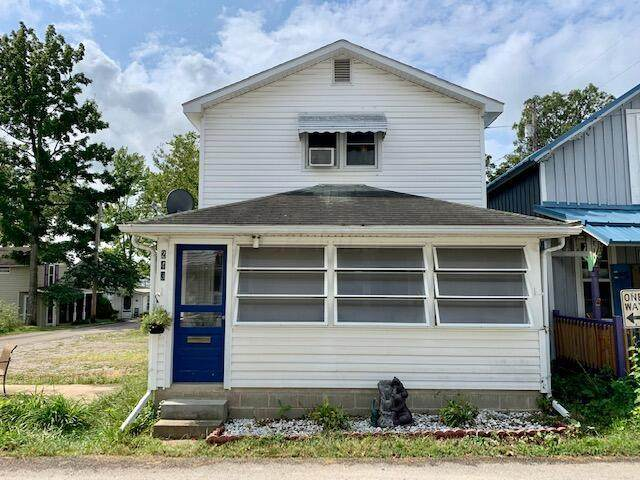 243 Ninth Street, Lancaster, OH 43130 (MLS #221024608) :: ERA Real Solutions Realty