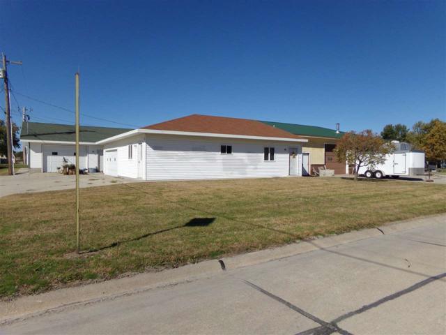 174 13TH AVENUE, COLUMBUS, NE 68601 (MLS #1800569) :: Berkshire Hathaway HomeServices Premier Real Estate