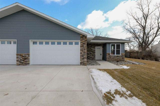 379 10TH AVENUE, COLUMBUS, NE 68601 (MLS #1900038) :: Berkshire Hathaway HomeServices Premier Real Estate