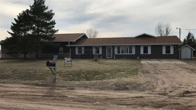14006 R Road, COLUMBUS, NE 68601 (MLS #1900049) :: Berkshire Hathaway HomeServices Premier Real Estate