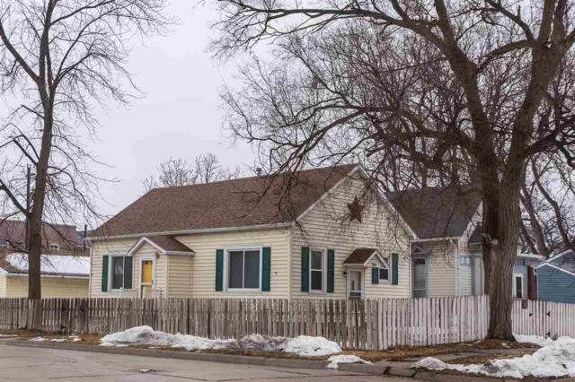 1752 41ST AVENUE, COLUMBUS, NE 68601 (MLS #1900130) :: Berkshire Hathaway HomeServices Premier Real Estate