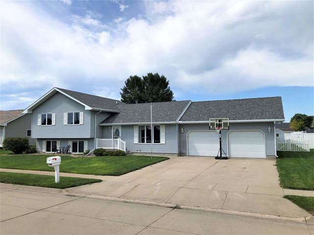 420 4TH STREET, COLUMBUS, NE 68601 (MLS #1900449) :: Berkshire Hathaway HomeServices Premier Real Estate