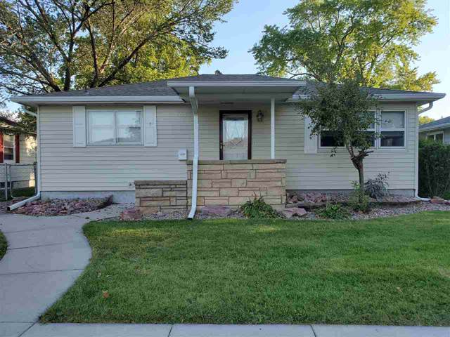 2613 22ND STREET, COLUMBUS, NE 68601 (MLS #1900495) :: Berkshire Hathaway HomeServices Premier Real Estate