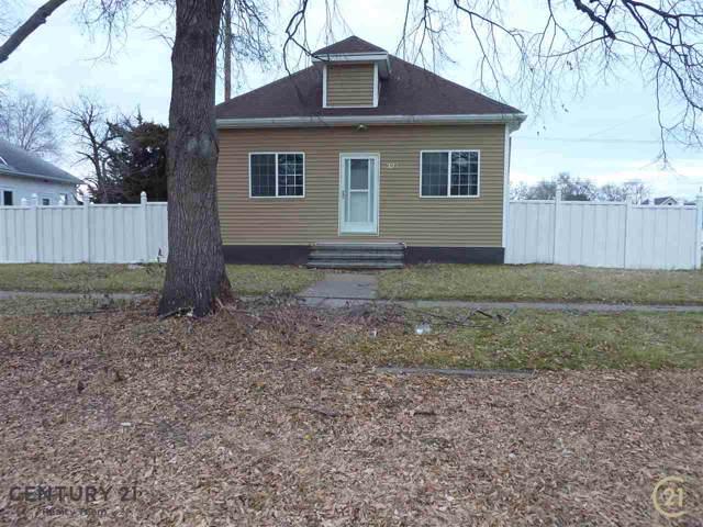 322 E 15TH STREET, SCHUYLER, NE 68661 (MLS #1900642) :: Berkshire Hathaway HomeServices Premier Real Estate