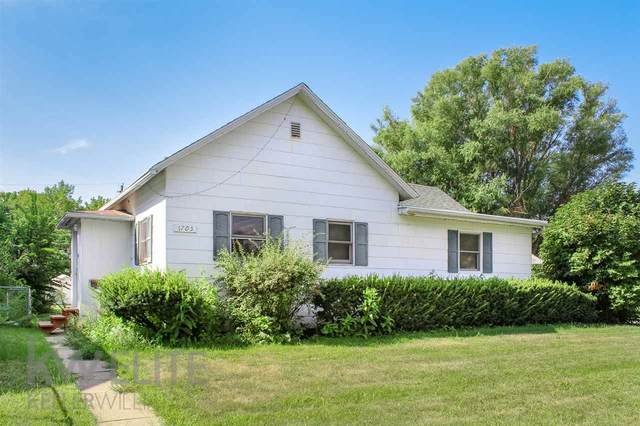 1705 8TH STREET, COLUMBUS, NE 68601 (MLS #2020520) :: kwELITE