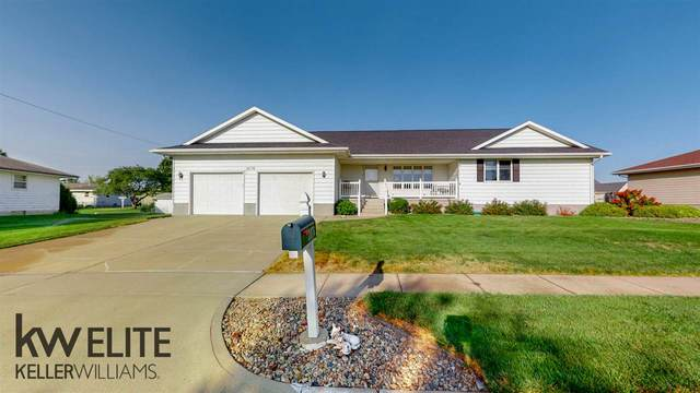 2876 38TH AVENUE, COLUMBUS, NE 68601 (MLS #2020584) :: kwELITE