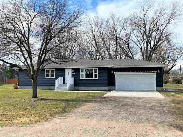 3254 E 17TH AVENUE, COLUMBUS, NE 68601 (MLS #2020702) :: kwELITE