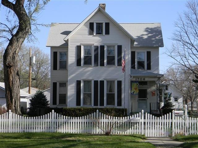 1706 11TH STREET, COLUMBUS, NE 68601 (MLS #1900289) :: Berkshire Hathaway HomeServices Premier Real Estate