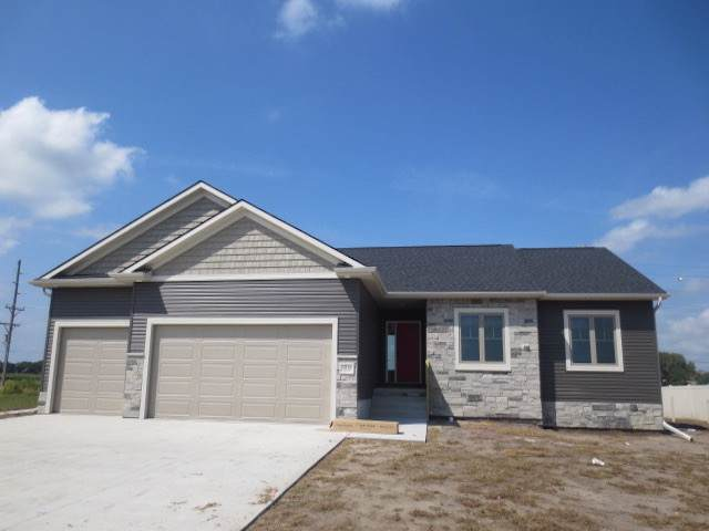 3916 53RD STREET, COLUMBUS, NE 68601 (MLS #1900458) :: Berkshire Hathaway HomeServices Premier Real Estate