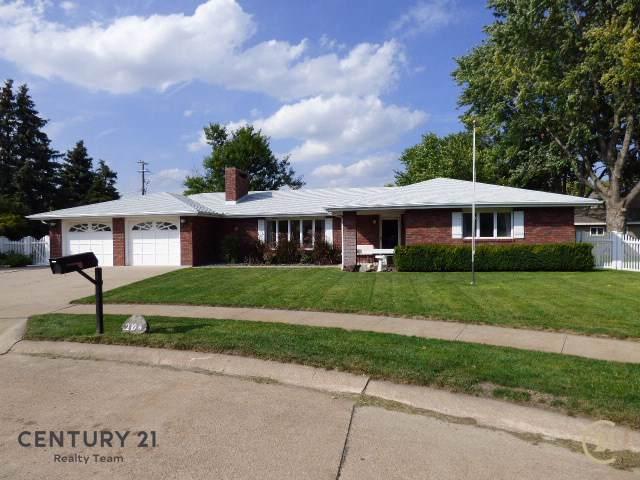 2104 Oak Park Place, COLUMBUS, NE 68601 (MLS #1900511) :: Berkshire Hathaway HomeServices Premier Real Estate