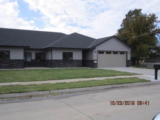 1765 Minden Drive, COLUMBUS, NE 68601 (MLS #1900600) :: Berkshire Hathaway HomeServices Premier Real Estate