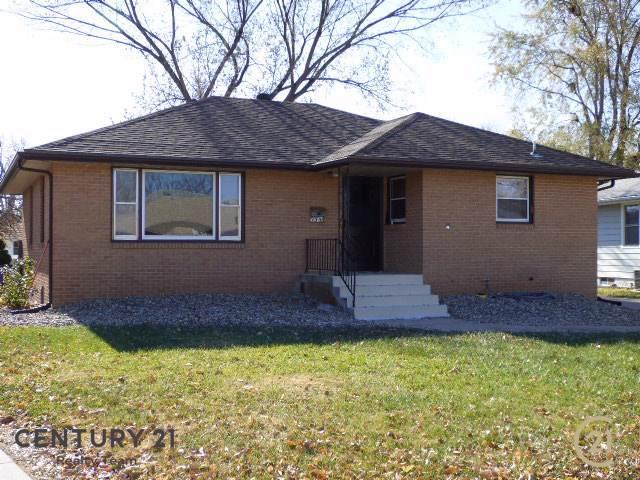 135 S Roselane, COLUMBUS, NE 68601 (MLS #1900605) :: Berkshire Hathaway HomeServices Premier Real Estate