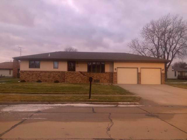 3170 43RD AVENUE, COLUMBUS, NE 68601 (MLS #1900624) :: Berkshire Hathaway HomeServices Premier Real Estate