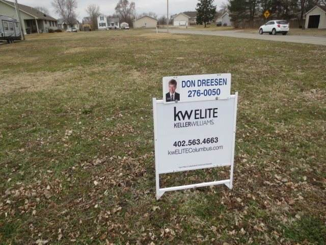 1621 2ND STREET, COLUMBUS, NE 68601 (MLS #2020165) :: kwELITE