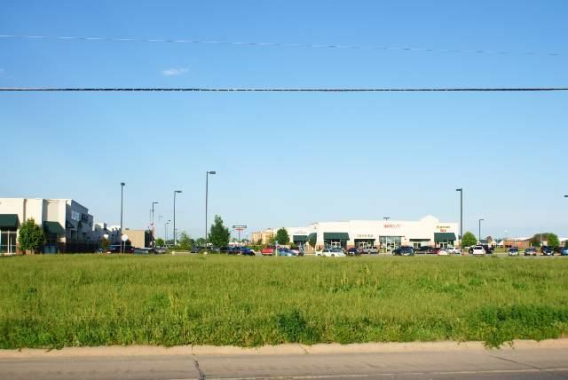 2468 3RD AVENUE, COLUMBUS, NE 68601 (MLS #800317) :: Berkshire Hathaway HomeServices Premier Real Estate