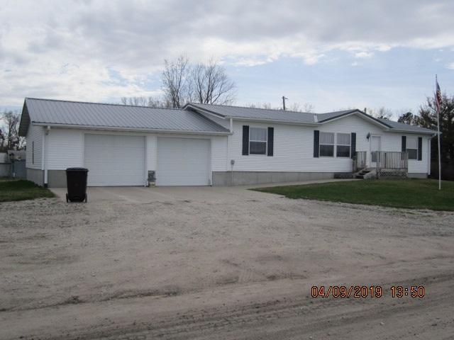 3957 SE 16TH STREET, COLUMBUS, NE 68601 (MLS #1900165) :: Berkshire Hathaway HomeServices Premier Real Estate