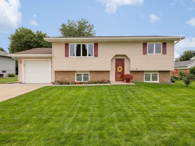 4625 29TH STREET, COLUMBUS, NE 68601 (MLS #1900443) :: Berkshire Hathaway HomeServices Premier Real Estate