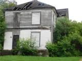 916 Waco Street - Photo 2