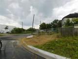 916 Waco Street - Photo 5