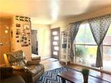 1009 Coral Place - Photo 4