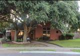 604 Colonial Drive - Photo 2