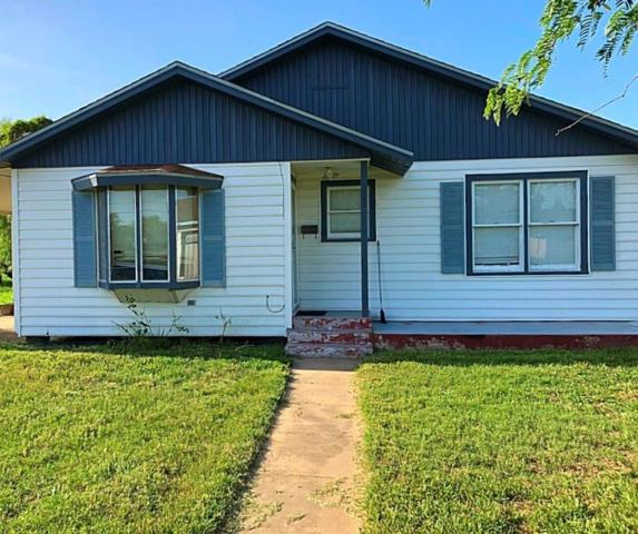 308 W Fulton St, Sinton, TX 78387 (MLS #331548) :: Better Homes and Gardens Real Estate Bradfield Properties
