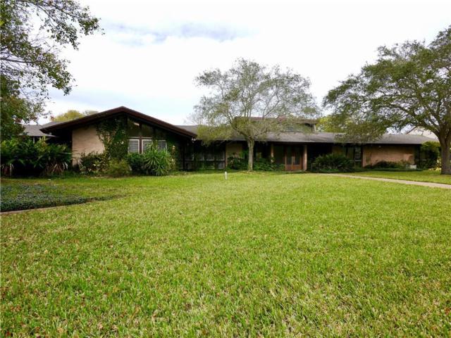 210 Bayside Dr, Corpus Christi, TX 78411 (MLS #337834) :: Five Doors Real Estate