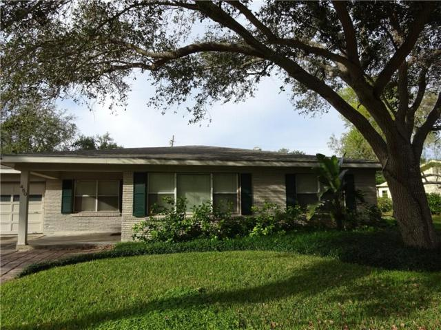 450 Dolphin Pl, Corpus Christi, TX 78411 (MLS #337941) :: Better Homes and Gardens Real Estate Bradfield Properties