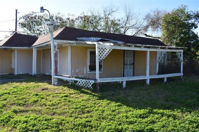 3008 Highland Ave, Corpus Christi, TX 78405 (MLS #339484) :: Desi Laurel & Associates