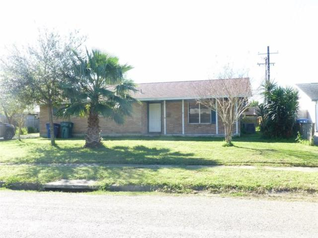 4045 Bahama Dr, Corpus Christi, TX 78411 (MLS #340104) :: Better Homes and Gardens Real Estate Bradfield Properties