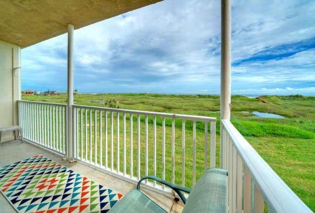 700 Island Retreat Ct #122, Port Aransas, TX 78373 (MLS #341482) :: Desi Laurel & Associates
