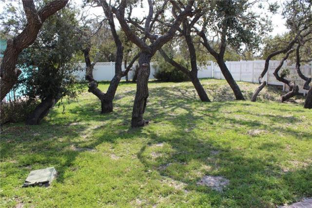 1 Old Cottage Beach Dr, Rockport, TX 78382 (MLS #343342) :: Desi Laurel Real Estate Group