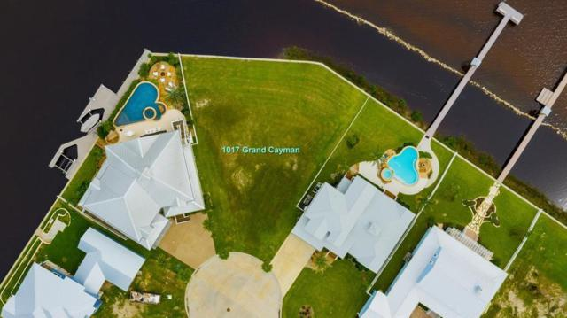 1017 Grand Cayman Ct, Rockport, TX 78382 (MLS #343350) :: Desi Laurel Real Estate Group