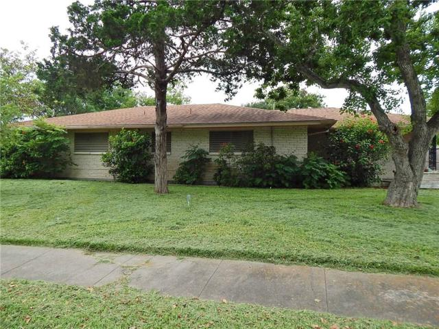 3209 Casa De Palmas Dr, Corpus Christi, TX 78411 (MLS #345374) :: RE/MAX Elite Corpus Christi