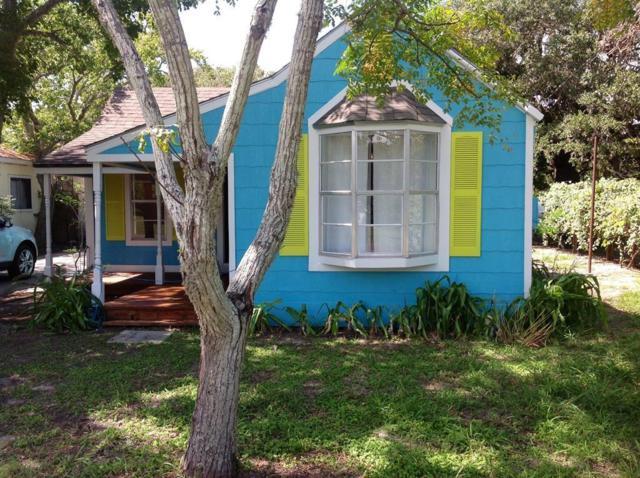 105 N Third St, Fulton, TX 78358 (MLS #346767) :: Desi Laurel Real Estate Group