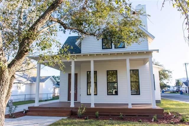 900 E Market St, Sinton, TX 78387 (MLS #354229) :: Desi Laurel Real Estate Group